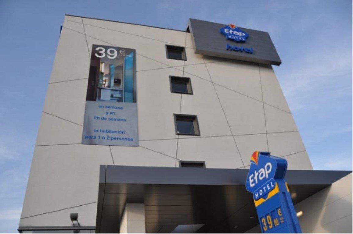 98-room ETAP hotel 20482