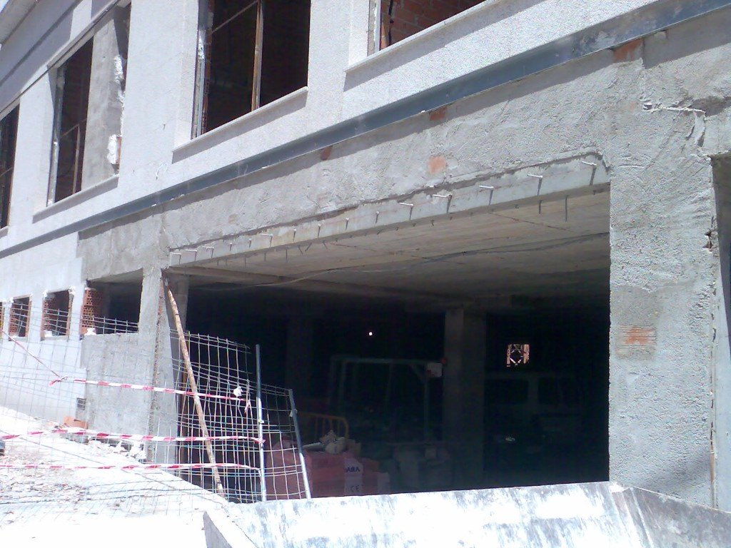 Structural reinforcement for an apartment building 20572