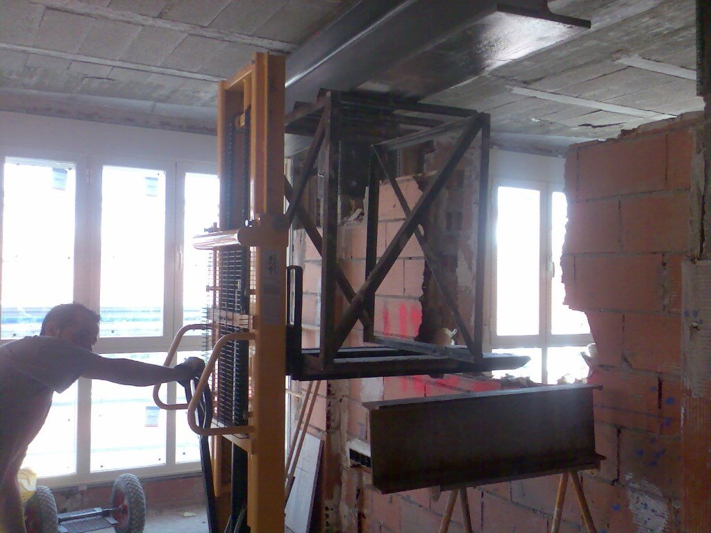 Structural reinforcement for an apartment building 20578