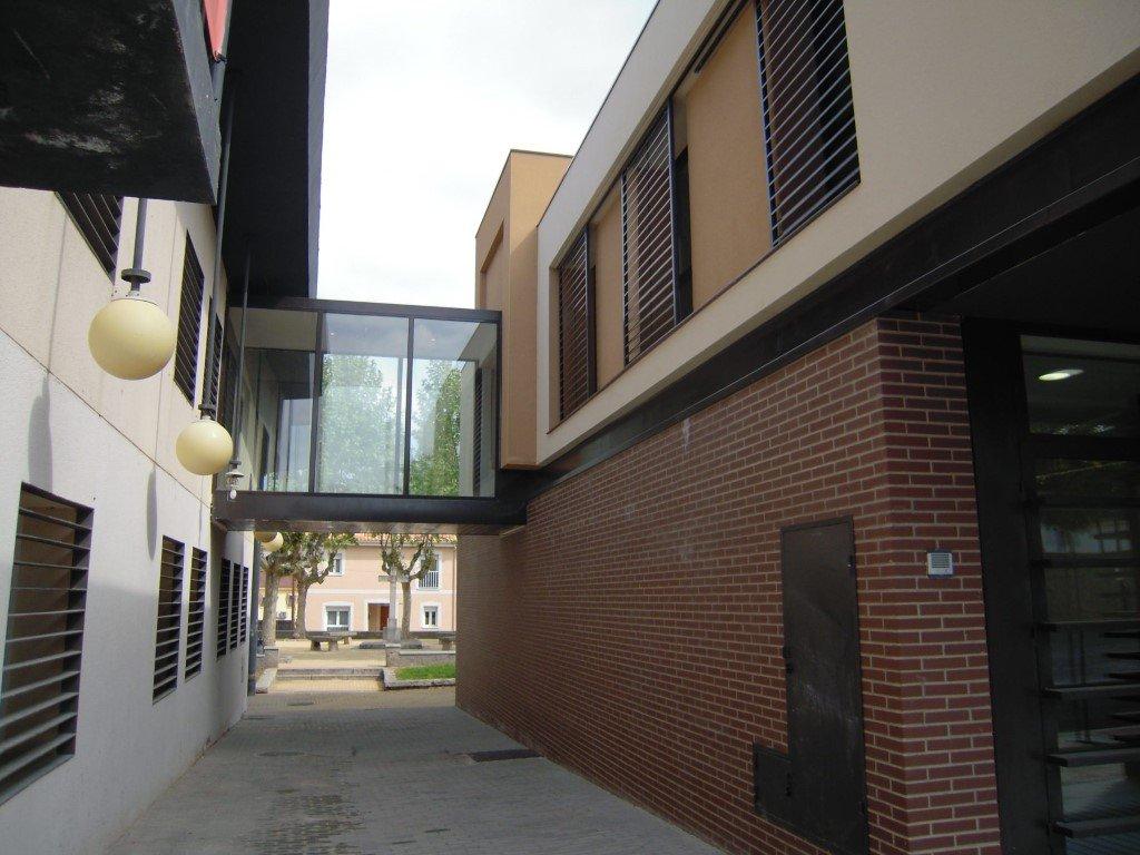 City hall building of Aldea del Fresno 20606