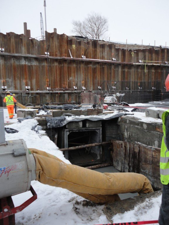 A30 Highway in Montreal. Auxiliary structures 20832