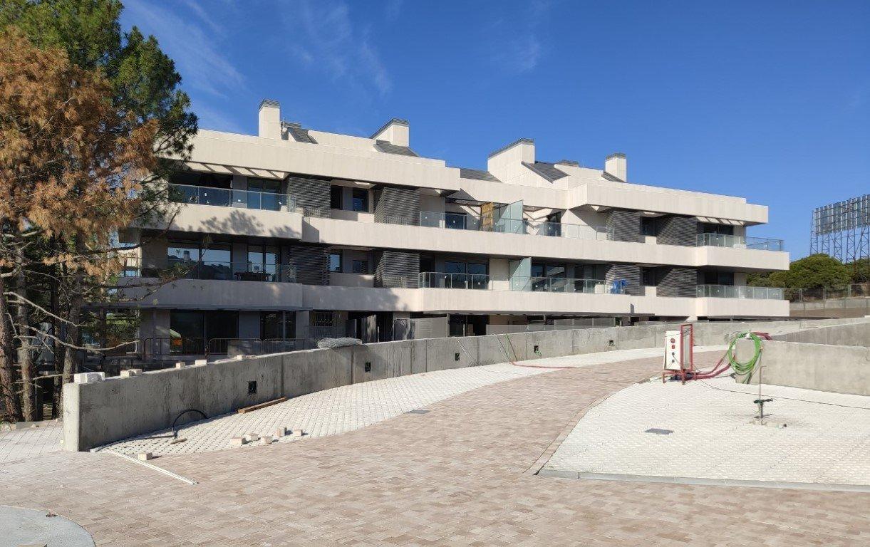 Residential buildings with 48 hosing units in Puzuelo 21753
